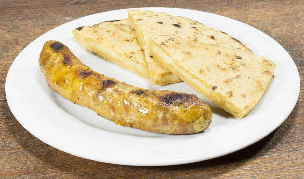 Arepa Con Chorizo de la Casa